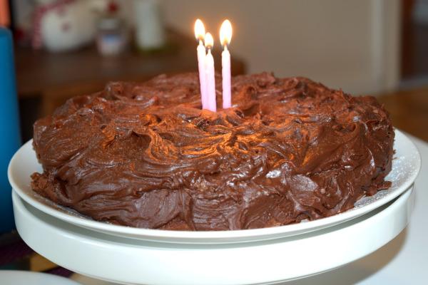 chokladtårta med glasyr